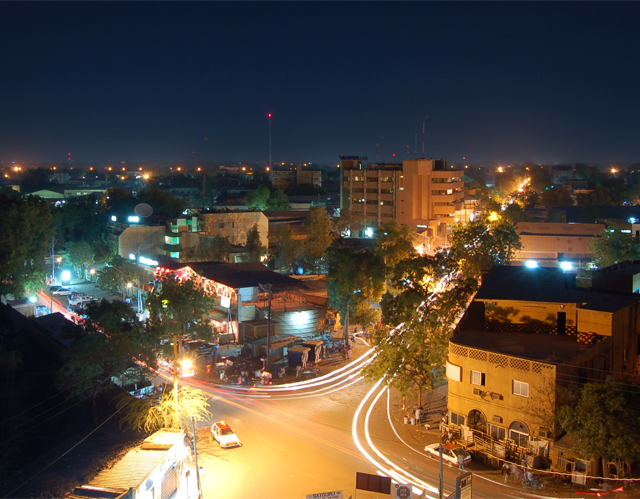 NIAMEY_BY_NIGHT_